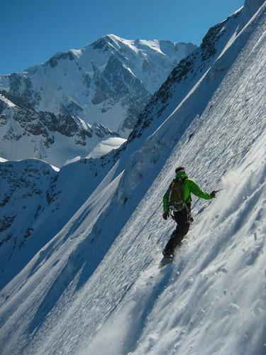 Snowboarding Domes de Miage north face