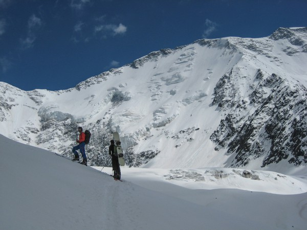 Ski touring to Plan Glacier hut