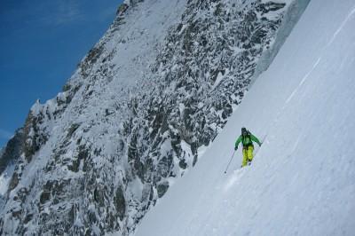 Half way down the ski on Col de Courtes