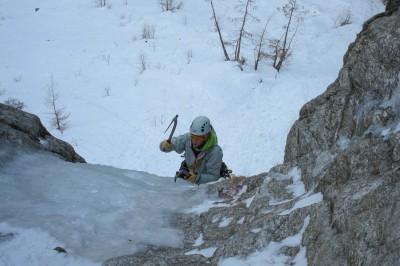 Easy ice climbing in Chamonix