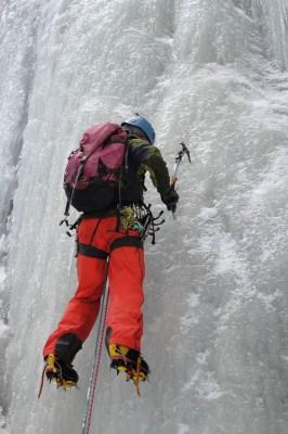 Ice climbing Gorge de Arveyron